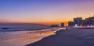 https://pixabay.com/en/water-sea-sunset-travel-sky-3342910/