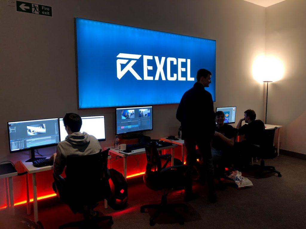 Excel HQ