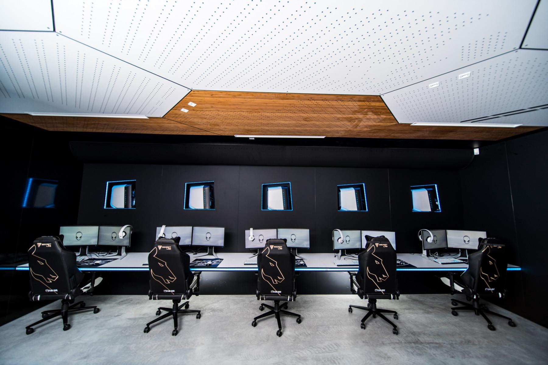 Alienware Training Facility EU - Scrim Rooms