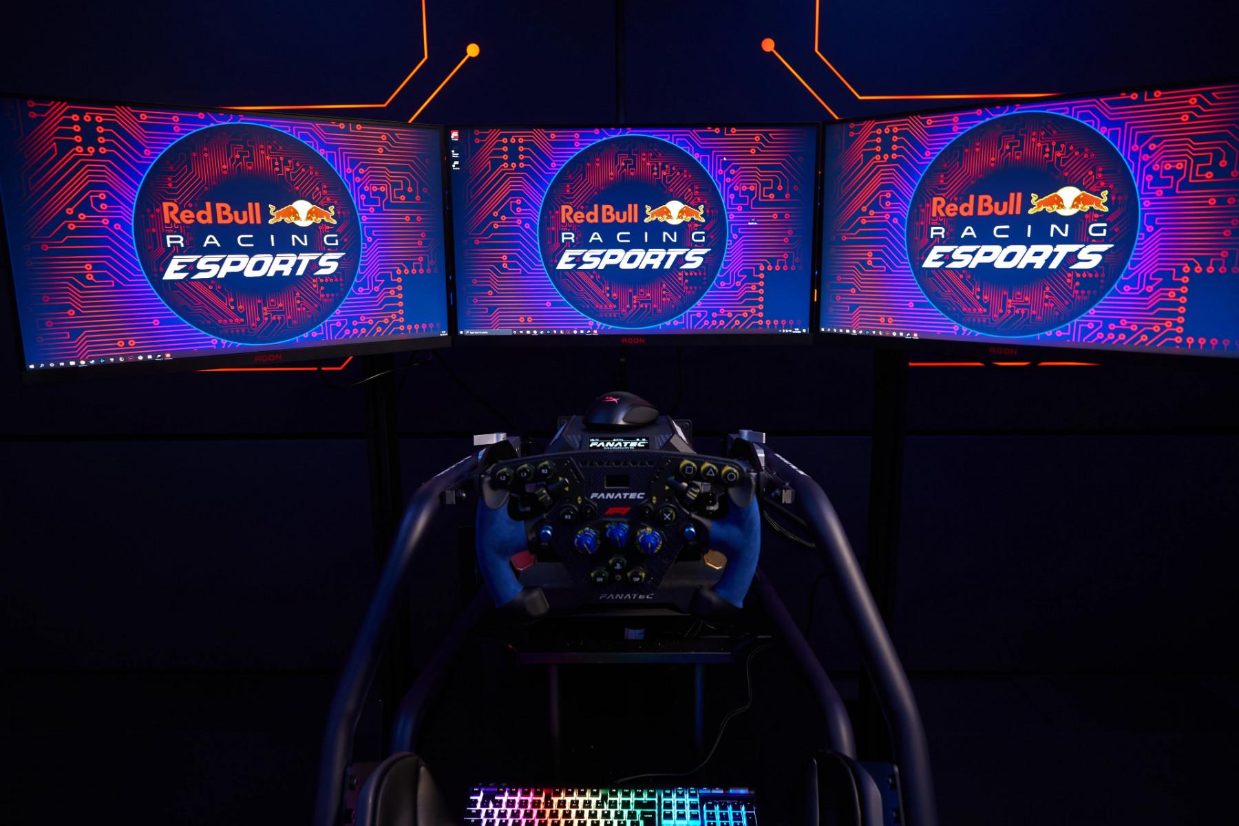 Red Bull Racing Esports x AOC