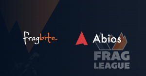 """Fragbite et Abios"""" width=""""696"""" height=""""364"""" /> Crédit image: Fragbite, Abios   <p><strong> CONNEXES: Kambi Group acquiert la société de données esports Abios pour un montant pouvant atteindre 22 millions de livres sterling </strong></p> <p> Selon le communiqué, Abios a fourni des données d'esports à Fragbite pour League of Legends et CS:GO depuis 2017. Les données ont contribué à alimenter les calendriers de tournois et de matchs de Fragbite, ainsi que les statistiques de match de la plate-forme.</p> <p> Oskar Fröberg, PDG et fondateur d'Abios, a commenté:«En tant qu'entreprise basée à Stockholm, nous sommes ravis de soutenir le mouvement populaire dans l'esport nordique. Fragbite a une longue histoire de soutien et de fourniture de contenu pour les fans et les passionnés d'esports suédois.</p> <p> «Nous sommes heureux de fournir non seulement des solutions de données et de technologies, mais également le détenteur exclusif des droits de leurs données de tournoi en temps réel. Nous sommes impatients de créer et d'offrir un tout nouvel ensemble de produits destinés spécifiquement au public nordique. »</p> <p> En plus de Fragleague, Abios a également conclu des partenariats de droits de données avec des organisateurs de tournois tels que l'Elitserien's Area Academy et l'ESEN de King of Nordic. En août, le fournisseur de services de paris sportifs Kambi Group a acquis Abios pour un montant maximal de 22 millions de livres sterling.</p> <p><img class="""